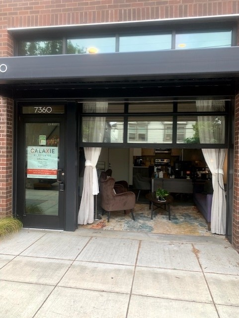 Galaxie Sellwood Office 1